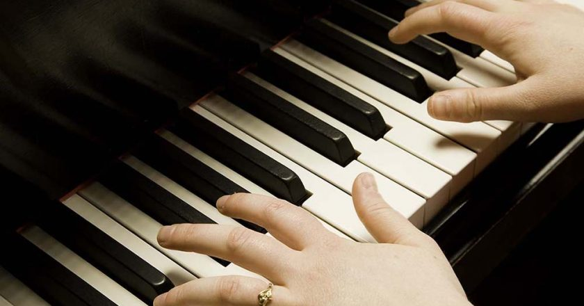 Three Steps to Learn to Play Piano
